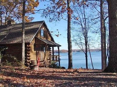 log-cabin-lake